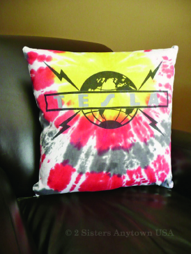DIY t-shirt throw pillow